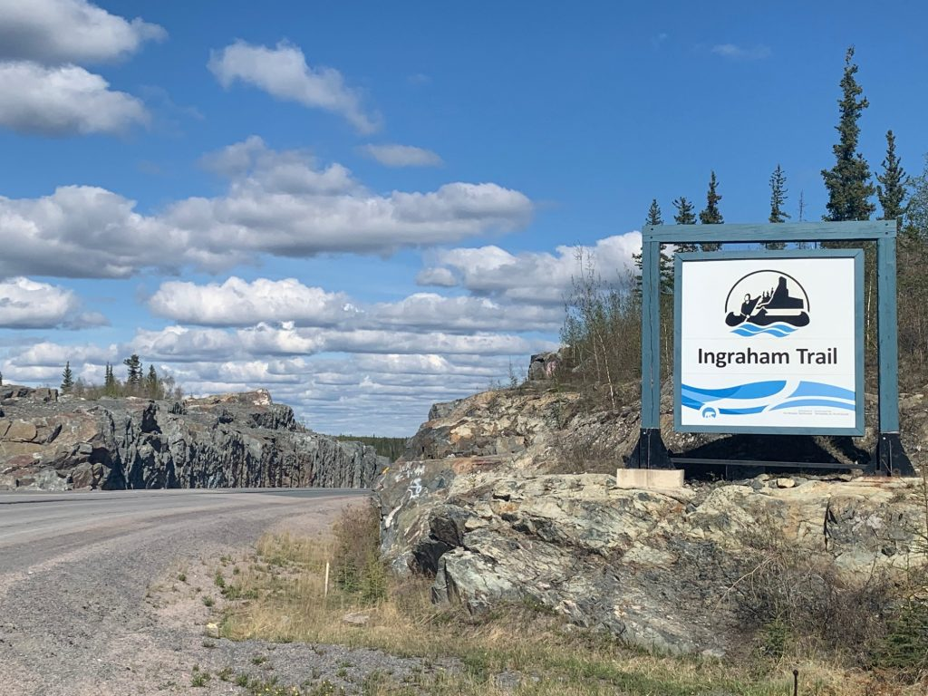 Ingraham trail shuttle & delivery service